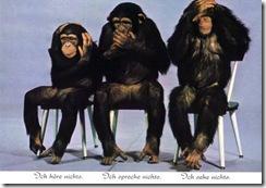 hearnoevil-chimp